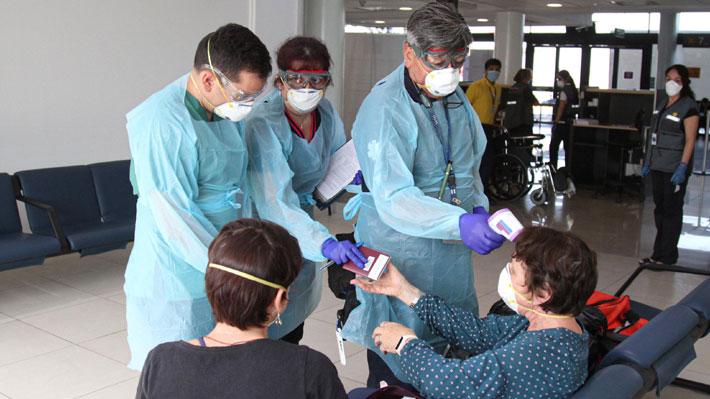 Juicio al Minsal: Los aciertos y pendientes en la forma en que se ha enfrentado el coronavirus en Chile