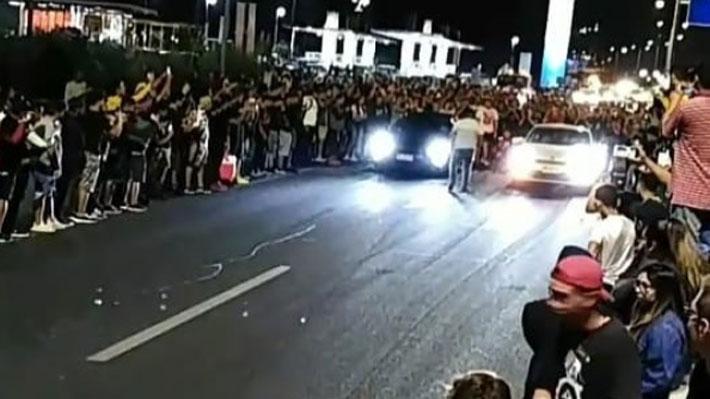 """""""Carreras clandestinas"""" congregan a más de 200 personas en Costanera Norte: Hubo cortes de tránsito"""