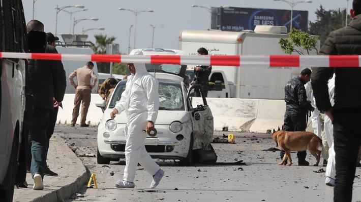 Al menos seis heridos deja un atentado cerca de la embajada de Estados Unidos en Túnez