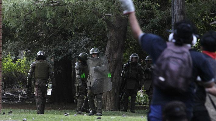Interior se querella contra los detenidos en Plaza Baquedano que quedaron en libertad e invoca Ley Antibarricadas