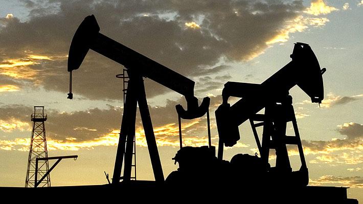 Tensión económica: Petróleo cae 20% por guerra de precios entre Arabia Saudita y Rusia