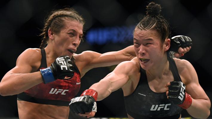 """Luchadora de la UFC terminó con el rostro desfigurado en el """"mejor combate femenino de la historia""""...Mira las imágenes"""