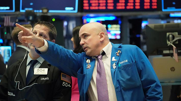 Bolsa de Santiago registra su peor sesión desde 2011 en histórica jornada negativa para los mercados