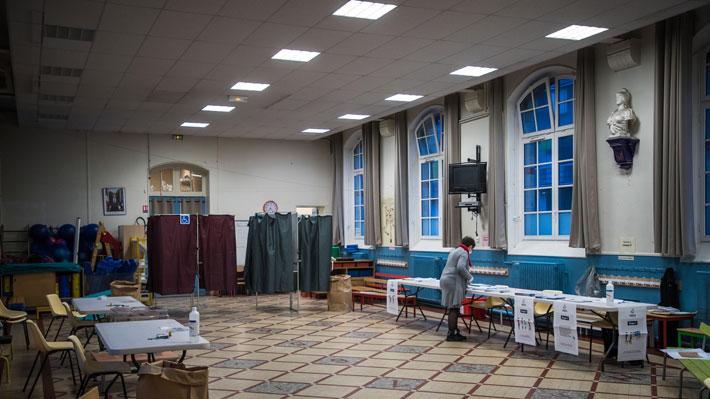 Elecciones municipales en Francia tuvieron récord de abstención por el coronavirus