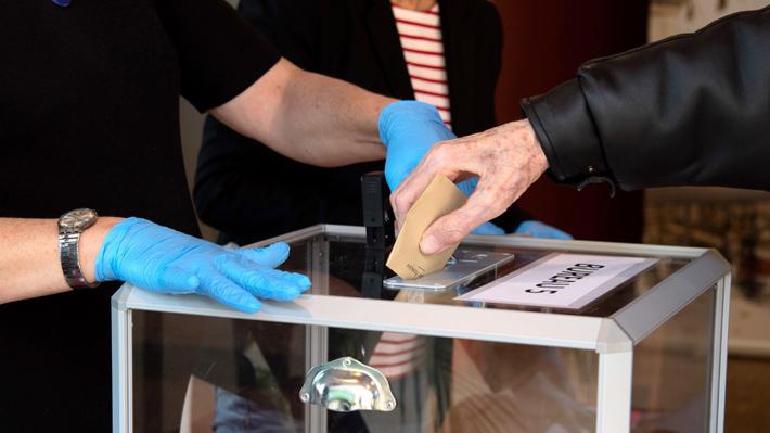 Elecciones municipales en Francia: Políticos debaten sobre realización de segunda vuelta por efectos del coronavirus