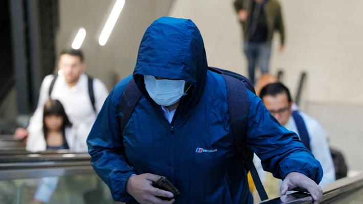 """""""Transmisión sostenida en el país"""": Fase 4, la última etapa del coronavirus a la que Chile entró"""