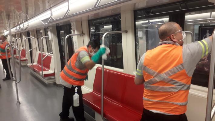 Usuarios de Metro bajaron un 25,8% este lunes en comparación con el pasado en medio del Covid-19