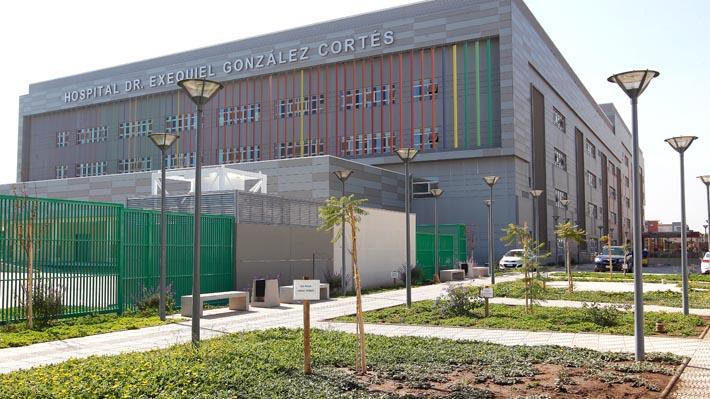 Salud postergará cirugías para liberar camas y algunos recintos cancelan horas ambulatorias