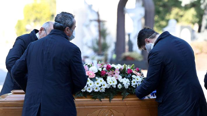 Italia registra nuevo récord de muertes por covid-19 en un día y ya llega a más de 4.800 fallecidos