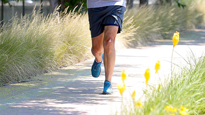 Ejercicio y Covid-19: ¿Es recomendable salir a caminar, trotar o andar en bicicleta durante la cuarentena preventiva?
