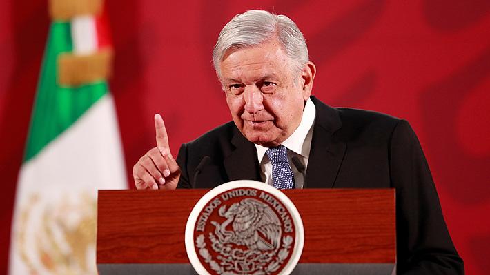 """Presidente de México minimiza otra vez el riesgo del Covid-19 e insta a la población a que """"salgan a comer"""""""
