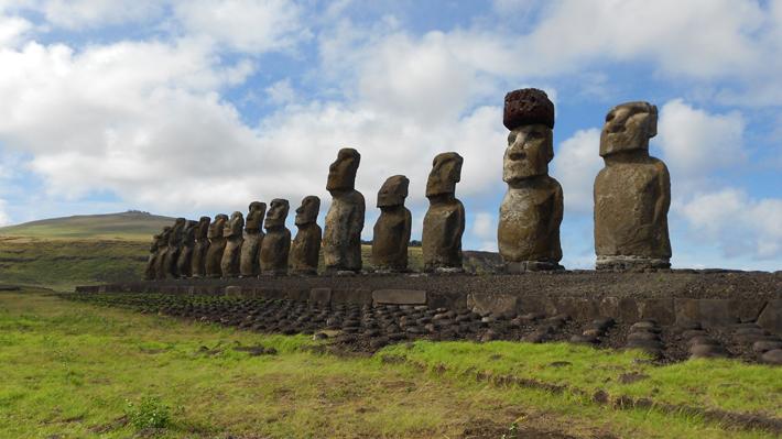 Confirman caso no trazable de Covid-19 en Rapa Nui y decretan toque de queda de 15 horas al día
