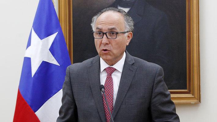 "Canciller advierte que aerolíneas que no retornen a chilenos tendrán ""dificultades para operar cuando pase la crisis"