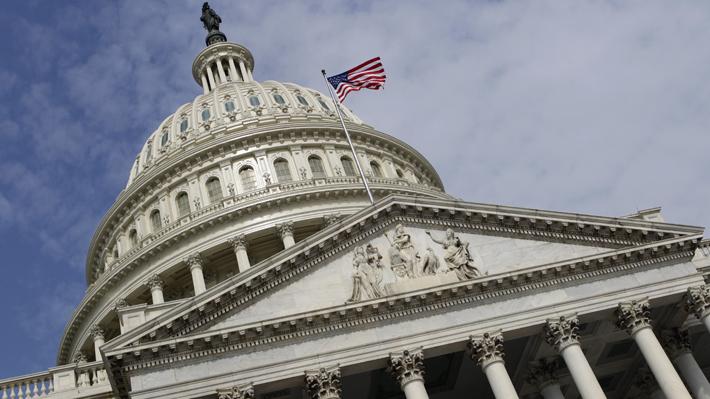 Casa Blanca y Senado acuerdan el mayor plan de rescate económico ante la crisis por el coronavirus en EE.UU.