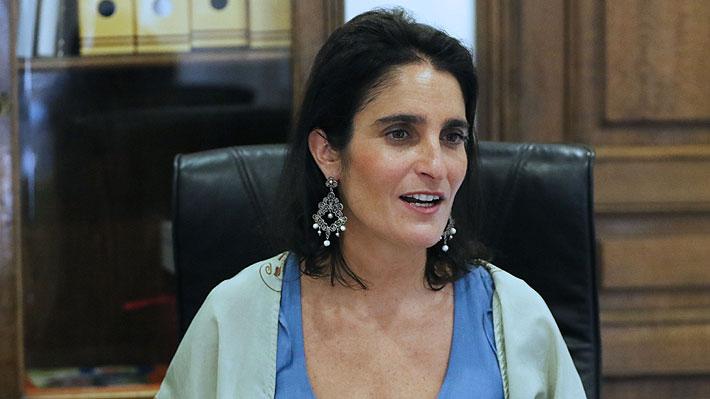 """Ministra del Trabajo y caída en fondos de pensiones: """"Buscamos mecanismos para proteger a quienes están próximos a jubilar"""""""