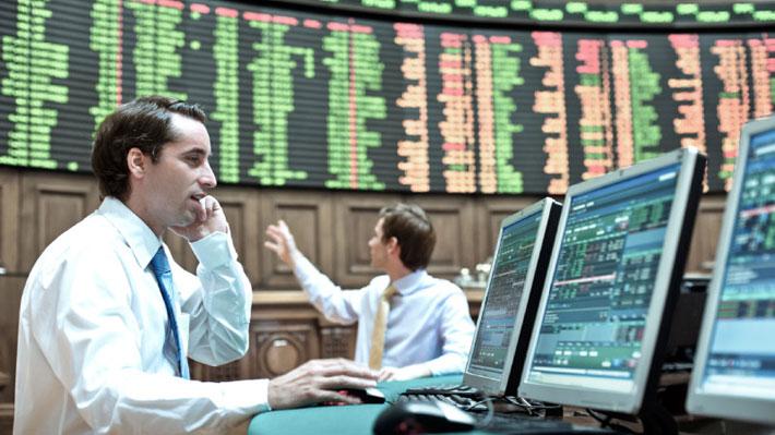Bolsas del mundo operan mixtas tras acuerdo en EE.UU. por paquete económico: En Chile el IPSA repunta más de 4%