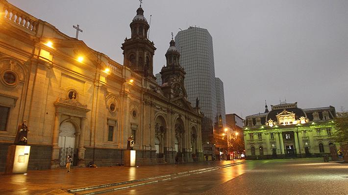 Galería: Así amaneció Santiago en su primer día de cuarentena