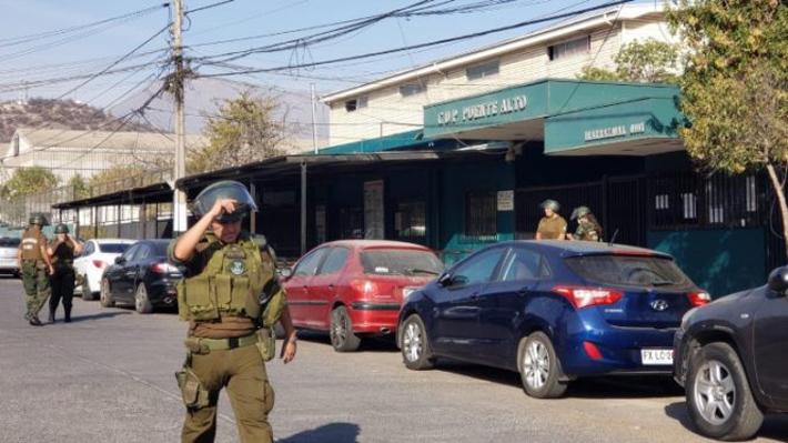 Fuego y desórdenes se registraron en cárcel de Puente Alto por presuntos casos de covid-19