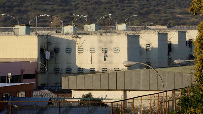 Gendarmería confirma caso positivo de coronavirus al interior de cárcel de Puente Alto