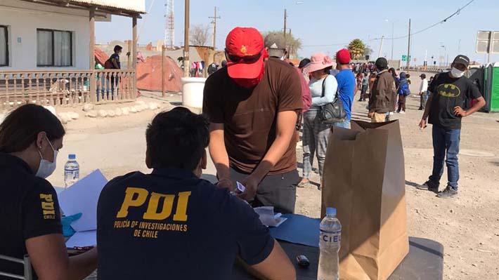 Aumenta número de bolivianos varados en Huara y gobierno del país reafirma cierre total de fronteras por covid-19