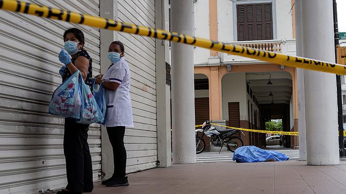 Cadáveres hacinados y alta tasa de letalidad: La dramática situación de Ecuador por crisis de covid-19