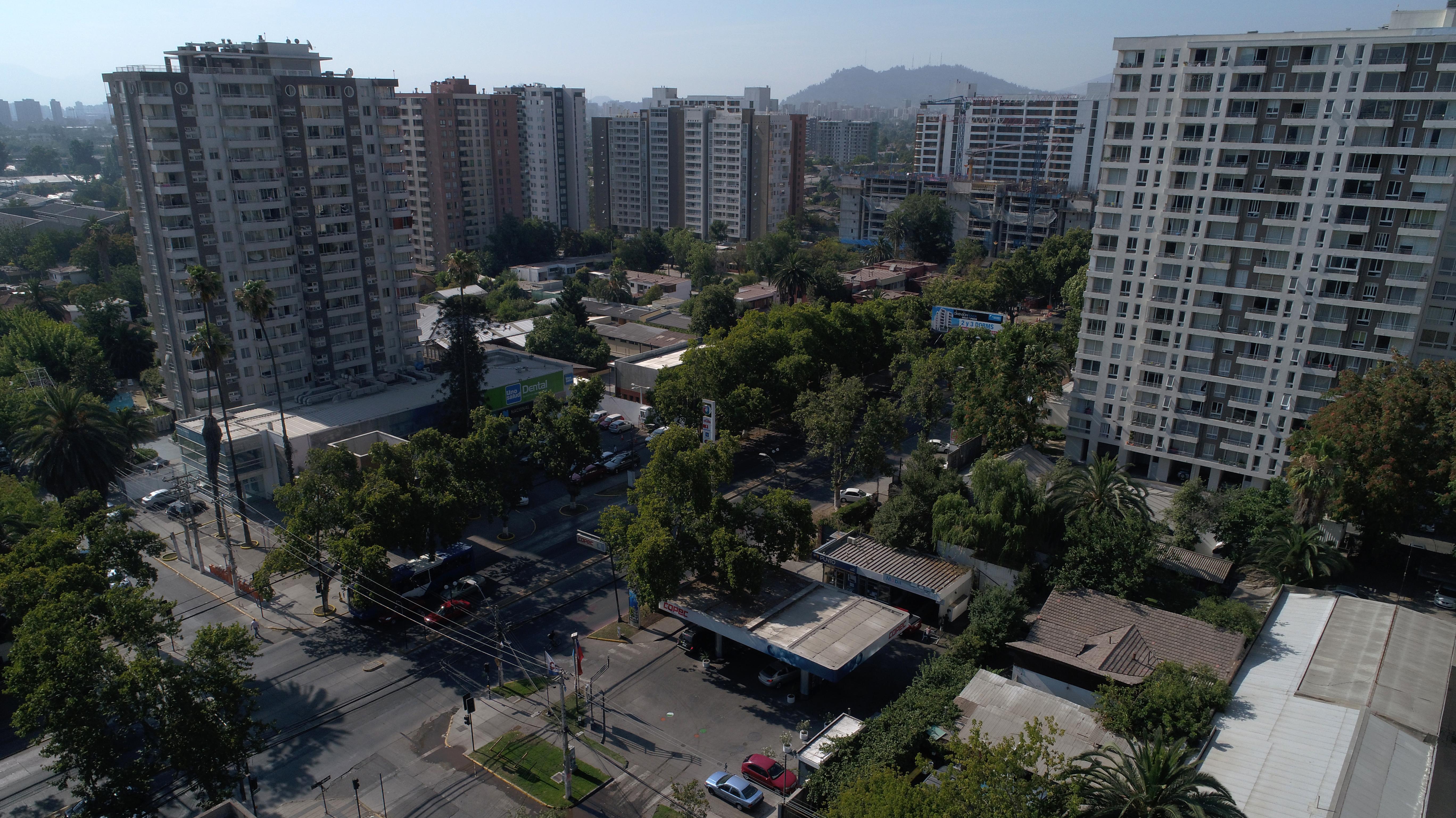 "Presidente de Socovesa anticipa ""guerra de precios"" en sector viviendas ante sobreoferta"