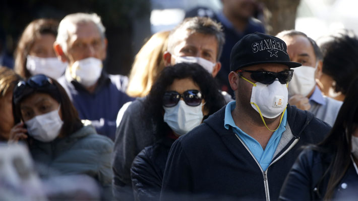 """Gobierno sugiere uso de mascarillas ante """"concentración de gente"""" y presentará video para fabricación en casa"""