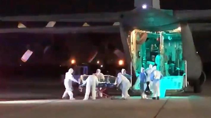 Avión de la Fach traslada desde Temuco hacia Santiago a paciente de 61 años con coronavirus
