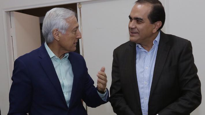 """Oposición: Nuevo plan económico del Gobierno """"va en la dirección correcta"""" aunque piden mayor control a la banca"""