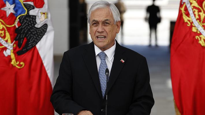 """Piñera advierte que quienes han infringido cordones sanitarios serán identificados y descarta """"triunfalismo"""" ante el covid-19"""