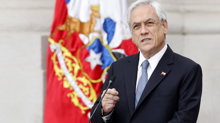 """Presidente anuncia """"plan retorno seguro"""" que busca enfrentar los """"efectos"""" de la crisis sanitaria y de la recesión económica"""
