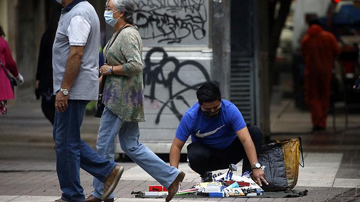 """La """"tragedia del desempleo"""": Expertos abordan el costo humano de perder el trabajo en una crisis económica"""
