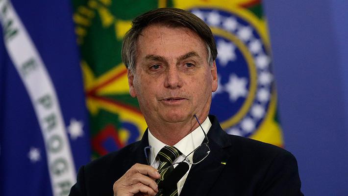 Entre renuncias, acusaciones y cuestionamientos en medio de la pandemia: Las semanas más complicadas de Bolsonaro