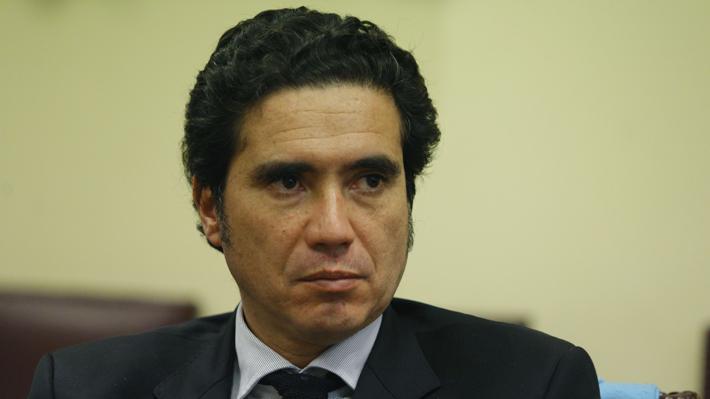 """Ministro Briones y explicaciones de Cencosud: """"A mí no me dejan satisfecho"""""""