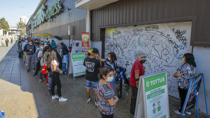 """Alcaldes de comunas que entrarán en cuarentena valoran decisión del Gobierno, pero advierten que medida """"llega tarde"""""""