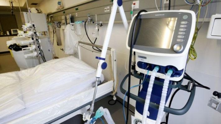 """Minsal reitera refuerzo a capacidad hospitalaria: """"Pretendemos llegar a 2.600 ventiladores disponibles a fin de mes"""""""