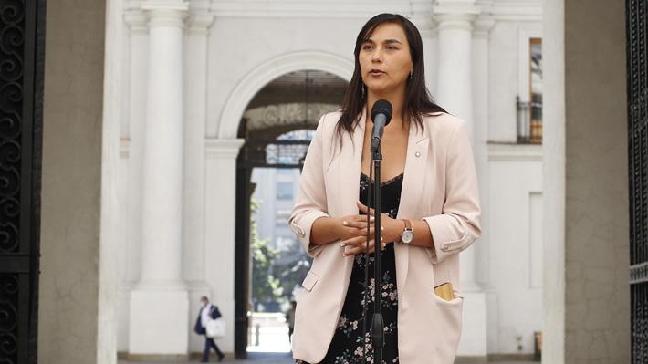"""Izkia Siches endurece críticas por manejo de la pandemia y afirma que """"no me sirve que el ministro cambie el tono"""""""