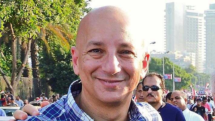 """Khaled Fahmy y el escenario post covid-19: """"La forma en que los gobiernos vigilarán los gestos de cada uno es alarmante"""""""