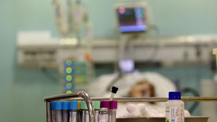 Ministro Mañalich destaca casos de anciana de 104 años y a joven de 30 que se recuperaron del coronavirus