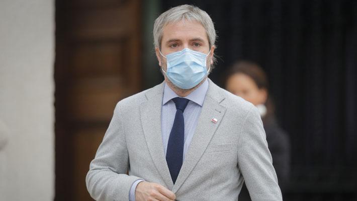"""Blumel asegura que gabinete""""está trabajando unido"""" tras distancia de Rubilar con dichos de Mañalich"""