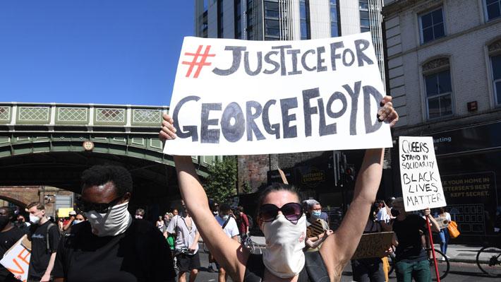 Las manifestaciones por la muerte de George Floyd se extienden a las calles y deportes en Europa