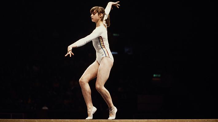 Tuvo que escapar a escondidas de su país: El infierno que vivió y la historia de Nadia Comaneci, la gimnasta del 10 perfecto