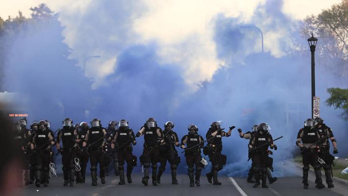 Concejo municipal de Mineápolis decide desmantelar el Departamento de Policía y crear un modelo de seguridad pública