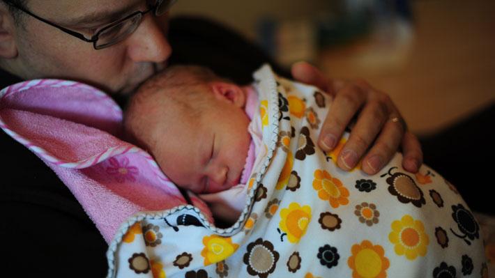 Evópoli elabora propuesta para asegurar derecho de hijos de padres trabajadores a ser cuidados en emergencia