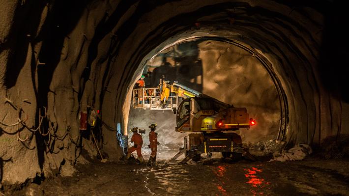 Efecto covid: Codelco paraliza proyectos en Antofagasta y Chuquicamata operará sólo con trabajadores de Calama