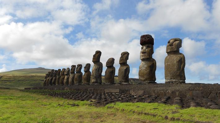 """Paris y  regreso a clases presenciales en Rapa Nui: Responde al """"éxito"""" de mantener a la isla libre del covid"""