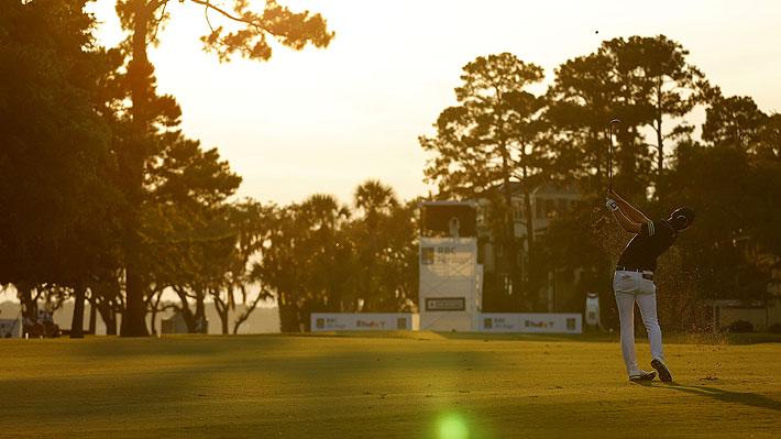 ¿Se puede jugar golf por 500 pesos? Carta a El Mercurio abre el debate sobre cuánto cuesta practicar este deporte en Chile