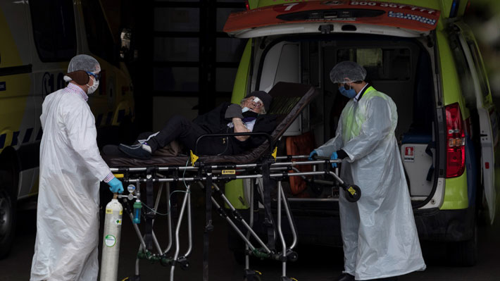 A 100 días del primer fallecido en Chile: 24 comunas tienen más de un centenar de decesos por coronavirus