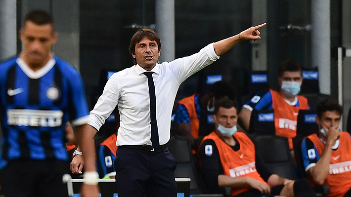 """Antonio Conte destacó el partido de Alexis, pero pone paños fríos: """"Todavía no es el que me gustaba en Inglaterra"""""""
