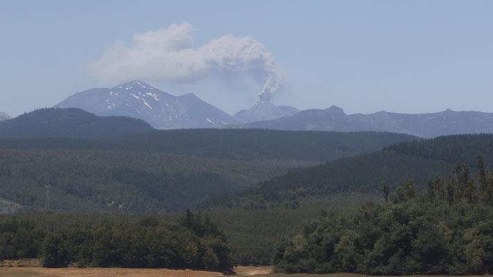 Alerta por eventuales columnas eruptivas de hasta 5 kms en el Nevados de Chillán